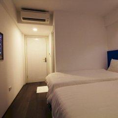 Emis Hotel сейф в номере