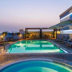 Coral Dubai Deira Hotel бассейн фото 3
