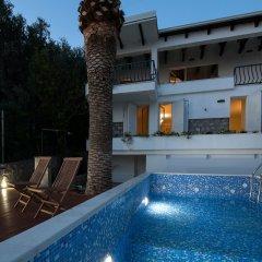 Отель Villa Mia Черногория, Свети-Стефан - отзывы, цены и фото номеров - забронировать отель Villa Mia онлайн бассейн