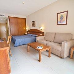 Отель Bahia Tropical Альмуньекар комната для гостей