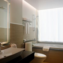 Aiyara Grand Hotel ванная