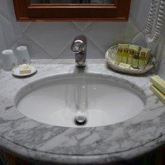 Отель Splendid Cannes Франция, Канны - 8 отзывов об отеле, цены и фото номеров - забронировать отель Splendid Cannes онлайн ванная