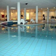 Отель Park Inn by Radisson Copenhagen Airport бассейн фото 2
