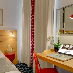 Отель Lorette - Astotel Франция, Париж - 10 отзывов об отеле, цены и фото номеров - забронировать отель Lorette - Astotel онлайн удобства в номере