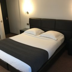 Hotel Chantecler Брюссель комната для гостей