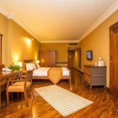 Отель Shangri La Hotel Непал, Катманду - отзывы, цены и фото номеров - забронировать отель Shangri La Hotel онлайн удобства в номере фото 2