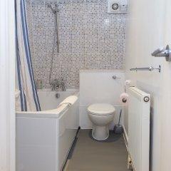Отель Amazing One Bedroom Apartment in Paddington Великобритания, Лондон - отзывы, цены и фото номеров - забронировать отель Amazing One Bedroom Apartment in Paddington онлайн ванная