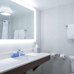 Отель Holiday Inn Express & Suites Charlottetown ванная фото 2