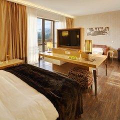 Гостиница Radisson Blu Resort Bukovel Украина, Буковель - 3 отзыва об отеле, цены и фото номеров - забронировать гостиницу Radisson Blu Resort Bukovel онлайн комната для гостей фото 2