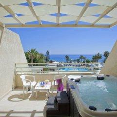 Отель The Golden Coast Beach Протарас балкон