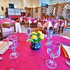 Отель Residence Bellavista Манерба-дель-Гарда питание фото 3