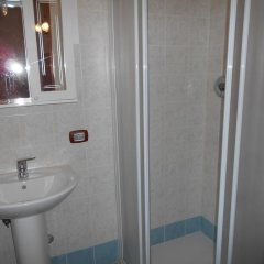 Отель B&B da Rosy Италия, Лимена - отзывы, цены и фото номеров - забронировать отель B&B da Rosy онлайн ванная