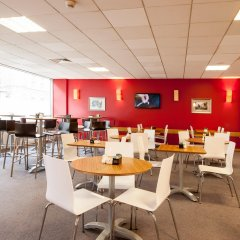 Travelodge London Central City Road Hotel питание