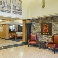 Отель Red Roof Inn PLUS+ Columbus-Ohio State University OSU США, Колумбус - отзывы, цены и фото номеров - забронировать отель Red Roof Inn PLUS+ Columbus-Ohio State University OSU онлайн интерьер отеля фото 2