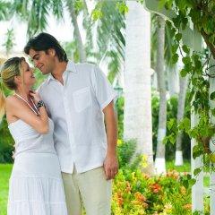 Отель Sandals Inn All Inclusive Couples Only
