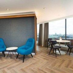 Отель Roomzzz London Stratford балкон