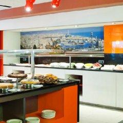 Отель ILUNION Barcelona фото 8