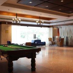 Отель Cambay Grand гостиничный бар