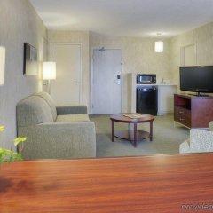 Отель Quality Suites Quebec City Канада, Квебек - отзывы, цены и фото номеров - забронировать отель Quality Suites Quebec City онлайн удобства в номере