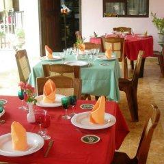 Отель Sri Lak Inn питание фото 3