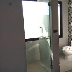 Отель The Lake Chalong Resort ванная