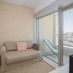 Апартаменты Liiiving In Porto - Antas Corporate Studio балкон