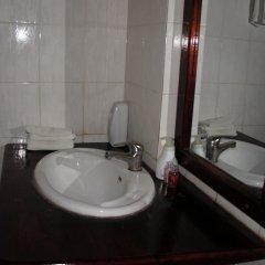Отель Villa Lao Wooden House ванная фото 2