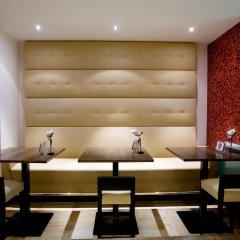 Отель DoubleTree by Hilton Brussels City Бельгия, Брюссель - 2 отзыва об отеле, цены и фото номеров - забронировать отель DoubleTree by Hilton Brussels City онлайн комната для гостей