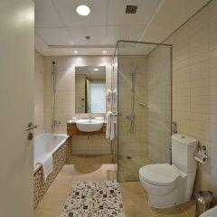 Oaks Liwa Heights Hotel Apartments ванная