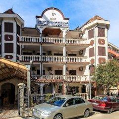 Отель Villa Dvor Kornic Черногория, Будва - отзывы, цены и фото номеров - забронировать отель Villa Dvor Kornic онлайн парковка