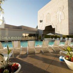 Loews Hollywood Hotel бассейн фото 3