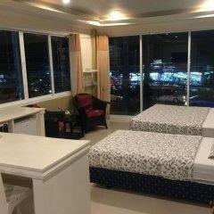 Отель Phuket Airport Suites & Lounge Bar - Club 96 Таиланд, Пхукет - отзывы, цены и фото номеров - забронировать отель Phuket Airport Suites & Lounge Bar - Club 96 онлайн в номере