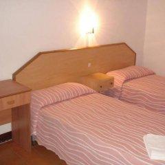 Отель Fonda Can Setmanes Испания, Бланес - отзывы, цены и фото номеров - забронировать отель Fonda Can Setmanes онлайн комната для гостей фото 3