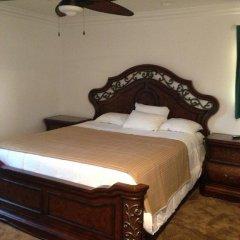 Отель Sunset Motel сейф в номере