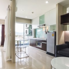 Отель Ratchaporn Place By Favstay в номере