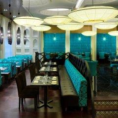 Отель Sheraton Sharjah Beach Resort & Spa ОАЭ, Шарджа - - забронировать отель Sheraton Sharjah Beach Resort & Spa, цены и фото номеров питание