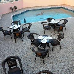 Fortune Plaza Hotel бассейн
