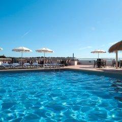 Отель BelleVue Belsana бассейн