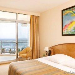 Отель King Fahd Palace комната для гостей