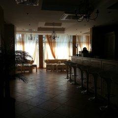 Отель Апарт-Отель Menada Dawn Park Болгария, Солнечный берег - отзывы, цены и фото номеров - забронировать отель Апарт-Отель Menada Dawn Park онлайн гостиничный бар