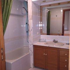 Отель We Are Madrid Palacio Мадрид ванная фото 2