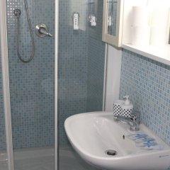 Отель Central Beds Италия, Флоренция - отзывы, цены и фото номеров - забронировать отель Central Beds онлайн ванная
