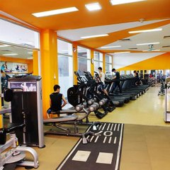 Отель The Moment фитнесс-зал фото 3
