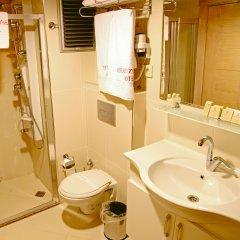 Grand Zeybek Hotel Турция, Измир - 1 отзыв об отеле, цены и фото номеров - забронировать отель Grand Zeybek Hotel онлайн ванная