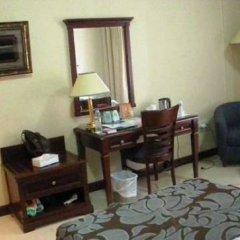 Отель Admiral Plaza Hotel Dubai ОАЭ, Дубай - отзывы, цены и фото номеров - забронировать отель Admiral Plaza Hotel Dubai онлайн удобства в номере фото 2
