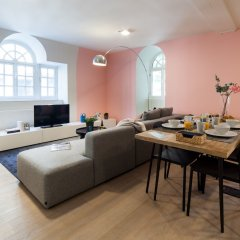 Апартаменты Sweet Inn Apartments Van Orley комната для гостей