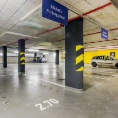 Апартаменты Prague Luxury Apartments парковка