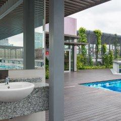 Отель Chancellor@Orchard Сингапур, Сингапур - отзывы, цены и фото номеров - забронировать отель Chancellor@Orchard онлайн балкон