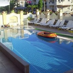 Konak Apartments Турция, Мармарис - отзывы, цены и фото номеров - забронировать отель Konak Apartments онлайн бассейн фото 2
