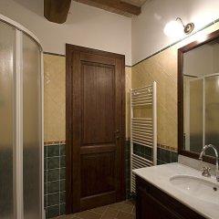 Отель Casale del Monsignore Сполето ванная фото 2